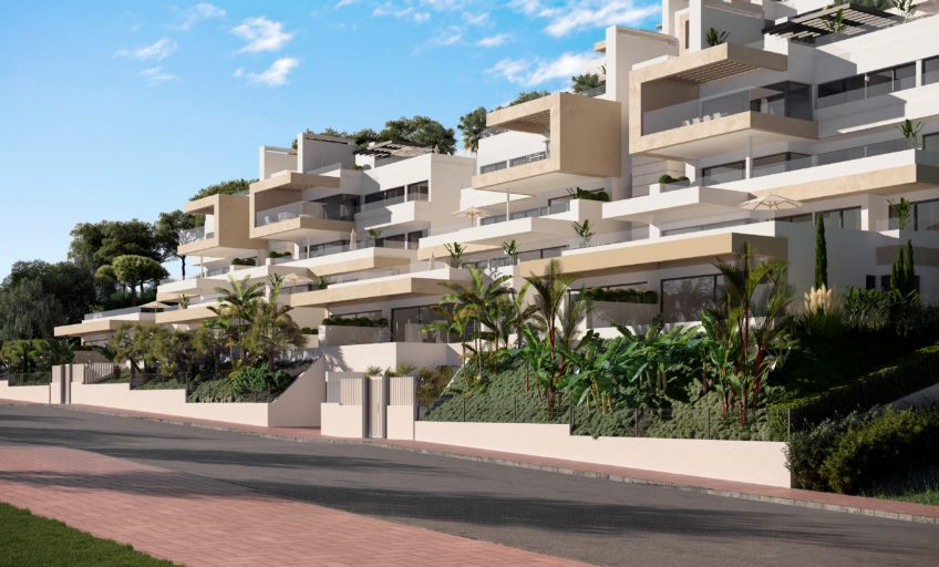 WALKING DISTANCE TO THE CENTRE OF ESTEPONA